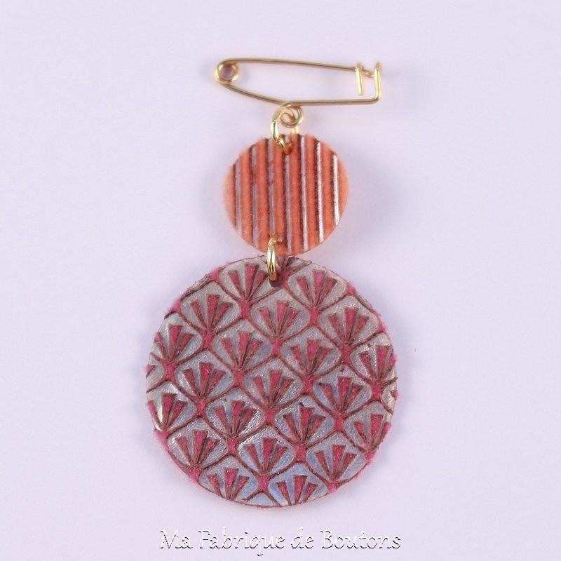 Carmelo Mother of Pearl Brooch