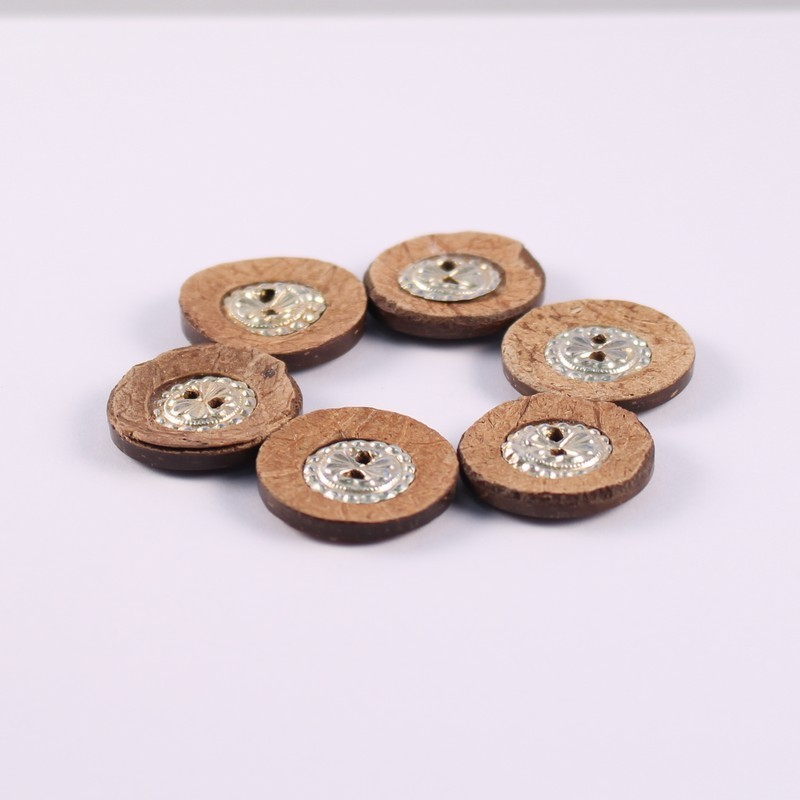 Set of 6 Coco buttons