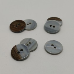 Set of 6 Donatien Mother of Pearl buttons