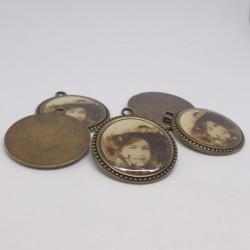 Button metal portrait 31mm Gena