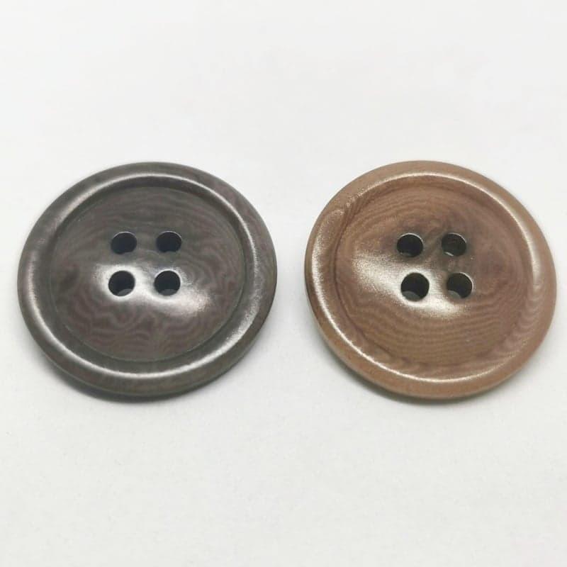 Brown corozo button Gisèle