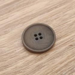Brown corozo sewing button Guyonne