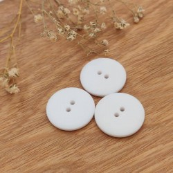 bouton synthétique blanc